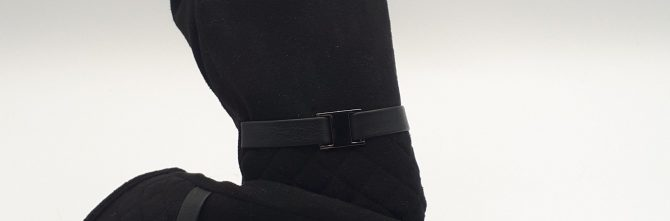 Quilted Wrist Black