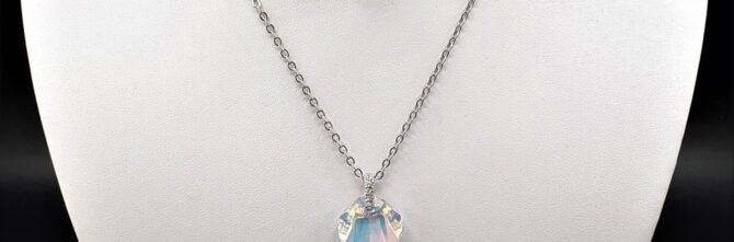 Crystal AB Shell Necklet